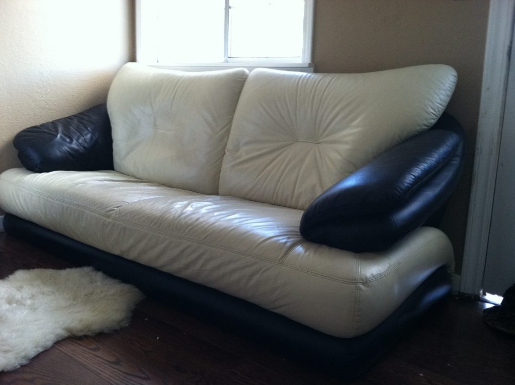 Furniture disposal of a couch in redwood city ca